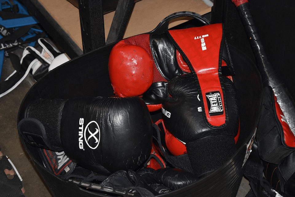High quality boxing equipment (headgear, boxing gloves, mouth guards and more).
